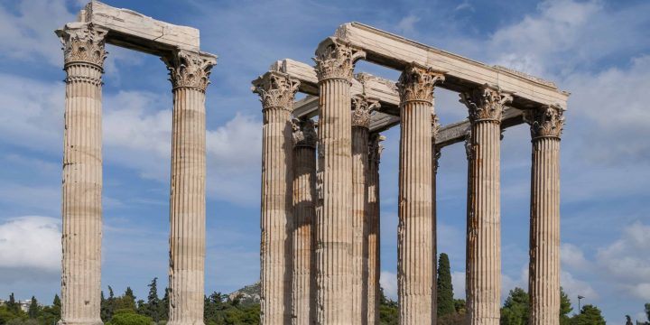 Temple-of-Olympian-Zeus-in-Athens